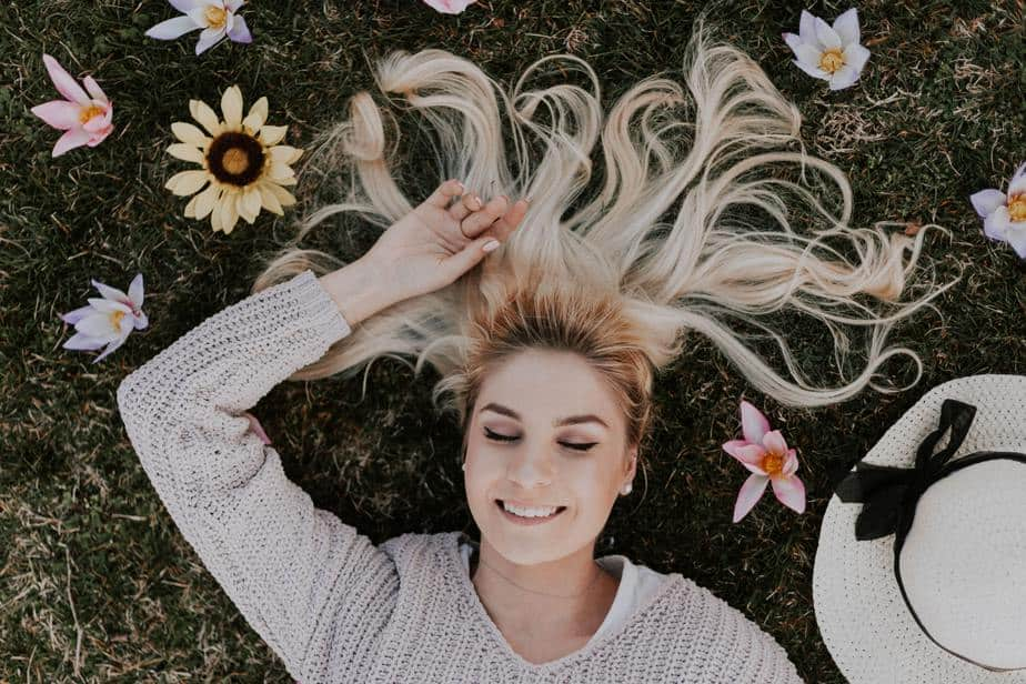 young-woman-smiling-with-flowers-in-hair