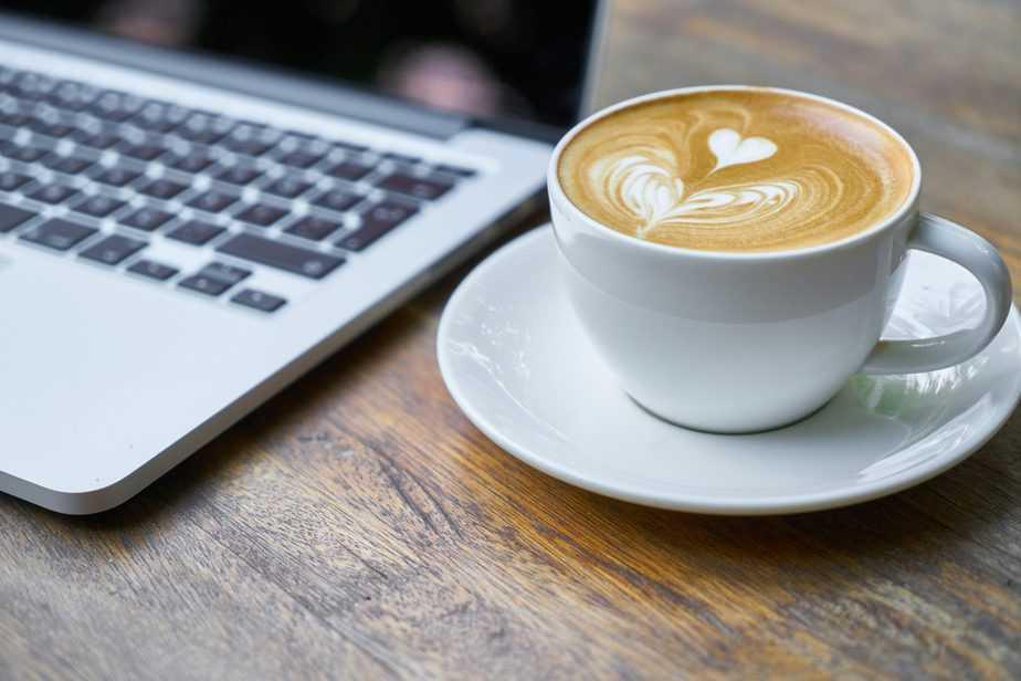 taller-con-cafe-redaccion-de-contenido